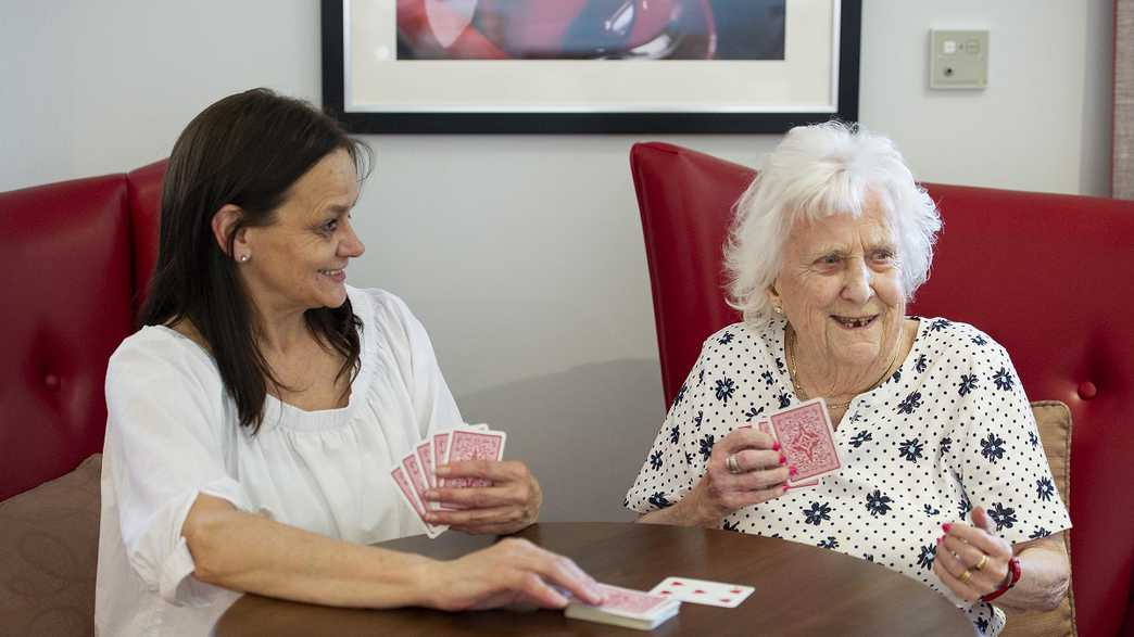 Rosewood House Care Home : activities-carousel - 1