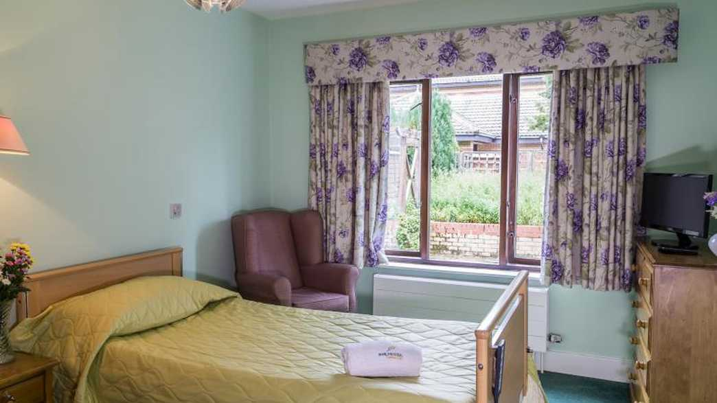 Four Hills Care Home : accommodation-carousel - 2