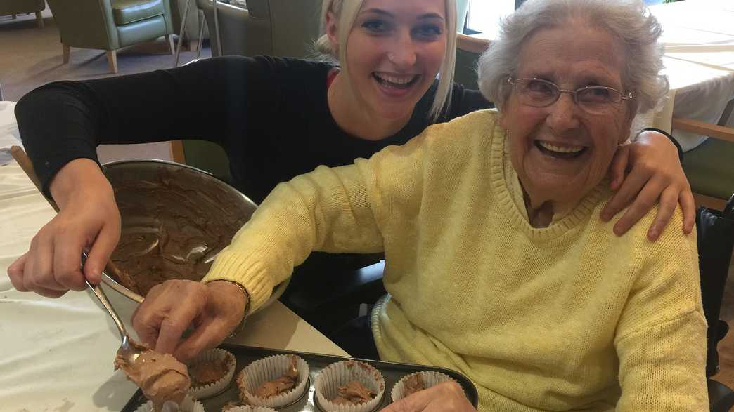 Rosewood House Care Home : activities-carousel - 6